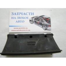 Подушка рессоры (передней/нижняя) MB Sprinter 96- (2-ох лист.) (R)