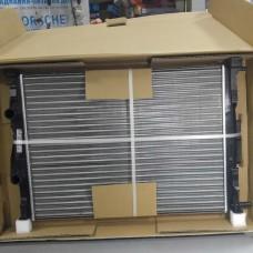 Радиатор охлаждения (пр-во NISSENS) Renault Megane || 04-